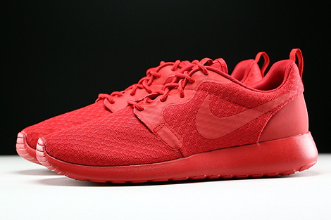 Nike Roshe One Hyp University Red Black Profile