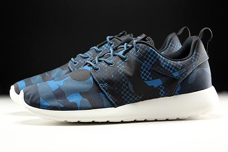 Nike Roshe One Print Brigade Blue Black Squadron Blue Obsidian Profile