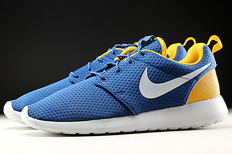 Nike Roshe One SE Coastal Blue Pure Platinum Gold Leaf Profile