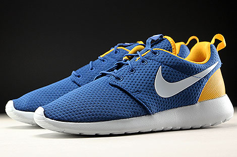 Nike Roshe One SE Coastal Blue Pure Platinum Gold Leaf Sidedetails