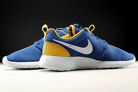 Nike Roshe One SE Coastal Blue Pure Platinum Gold Leaf Inside