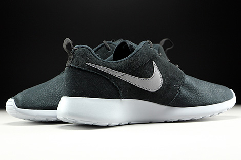 Roshe One Suede Black