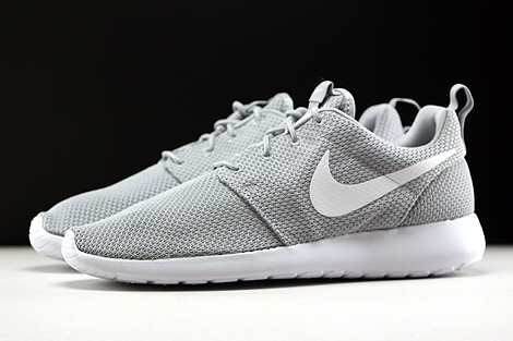 Nike Roshe One Wolf Grey White Profile