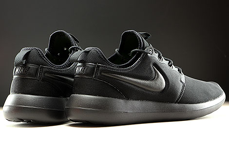 Nike Roshe Two Black Black Back view