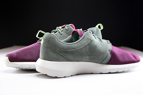 Nike Rosherun NM FB Dunkellila Grau Hellgrau Innenseite