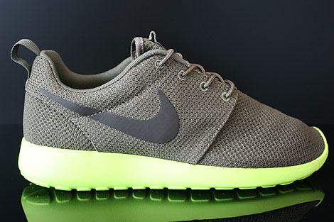 Nike Rosherun Oliv Anthrazit Neongelb