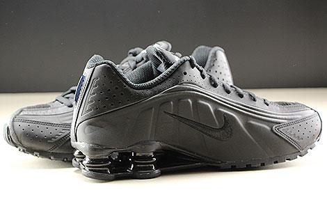 Nike Shox R4 Black Black White Innenseite