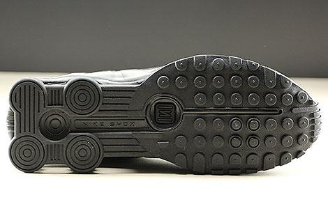 Nike Shox R4 Black Black White Laufsohle