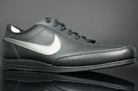 Nike Signature Schwarz Metallic Anthrazit Seitendetail