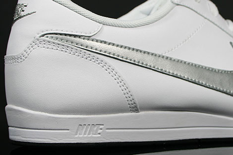 Nike Signature White Metallic Silver Black Outsole