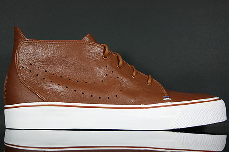 Nike Toki Premium Pecan Ink Summit White