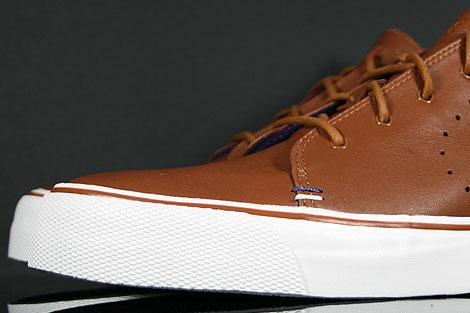 Nike Toki Premium Braun Weiss Violett Innenseite