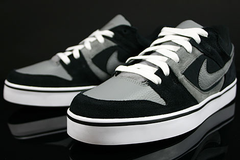 Nike Twilight Low SE Black Cool Grey White Sidedetails