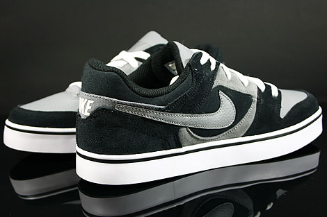 Nike Twilight Low SE Black Cool Grey White Inside