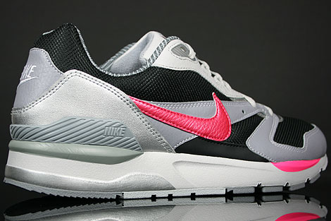 Nike Twilight Runner EU Black Pink Flash Stealth White Over view
