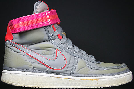 Nike Vandal Hi Supreme Medium Grey Vivid Pink