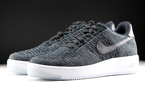 Nike WMNS Air Force 1 Flyknit Low Black White Sidedetails