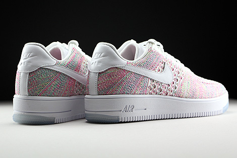 Nike WMNS Air Force 1 Flyknit Low Weiss Multicolor Rueckansicht