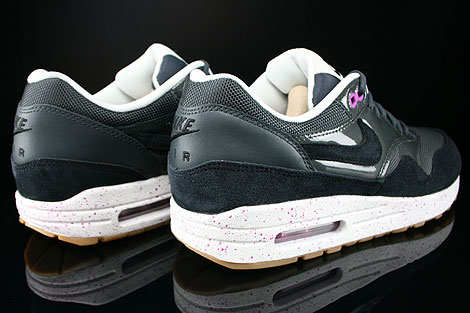 Nike WMNS Air Max 1 Anthracite Black Club Purple Sail Back view