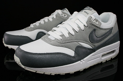 Nike WMNS Air Max 1 Essential Anthrazit Grau Weiss Seitendetail