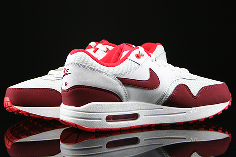 nike wmns air max 1 essential white team red action red. Black Bedroom Furniture Sets. Home Design Ideas