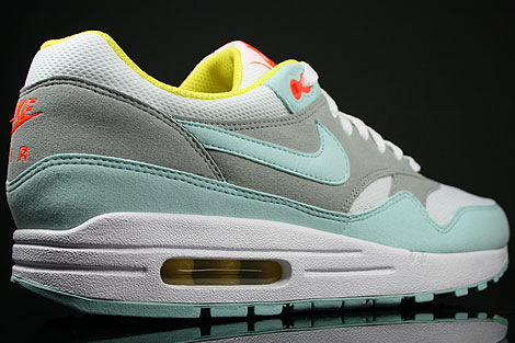 Nike WMNS Air Max 1 Julep White Matte Silver Over view