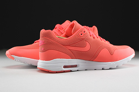 Nike WMNS Air Max 1 Ultra Moire Hot Lava Hot Lava White Inside