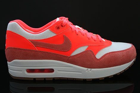 Nike WMNS Air Max 1 Vintage Sail Bright Mango Total Crimson Right