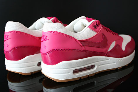 Nike WMNS Air Max 1 Vintage Sail Sport Fuchsia Pink Force Gum Back view
