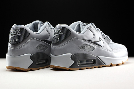 Nike WMNS Air Max 90 Essential Wolf Grey Dark Grey Pure Platinum Gum Back view