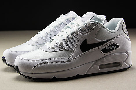Nike WMNS Air Max 90 White Black Reflect Silver Seitenansicht