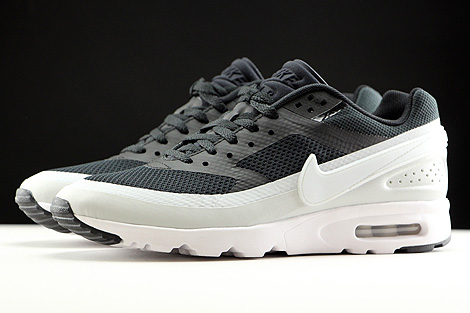 Nike WMNS Air Max BW Ultra Black Pure Platinum White Profile