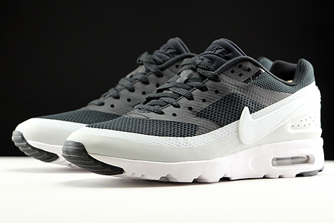 Nike WMNS Air Max BW Ultra Black Pure Platinum White Sidedetails