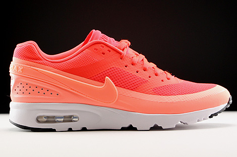 Nike WMNS Air Max BW Ultra Orange Rot Weiss Rechts