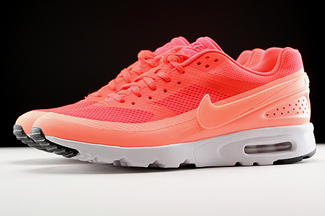 Nike WMNS Air Max BW Ultra Bright Crimson Atomic Pink White Profile