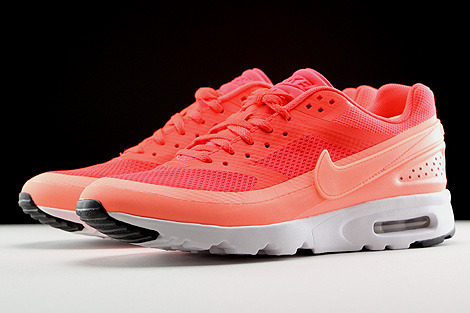 Nike WMNS Air Max BW Ultra Orange Rot Weiss Seitendetail