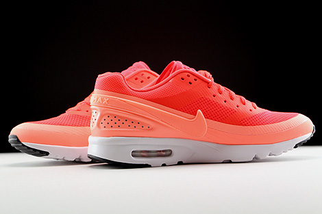 Nike WMNS Air Max BW Ultra Orange Rot Weiss Innenseite
