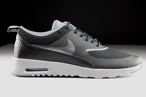 nike wmns air max thea schwarz dunkelgrau grau silber. Black Bedroom Furniture Sets. Home Design Ideas
