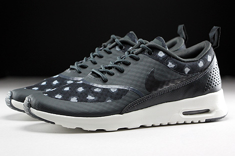 Nike WMNS Air Max Thea Print Black Dark Grey Anthracite Wolf Grey Profile