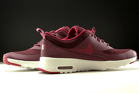 Nike WMNS Air Max Thea Textile Night Maroon Noble Red Summit White Inside