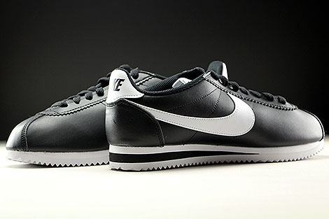 Nike WMNS Classic Cortez Leather Black White Inside