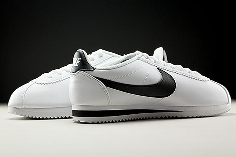 nike wmns classic cortez leather white black purchaze. Black Bedroom Furniture Sets. Home Design Ideas