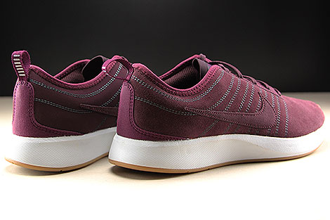 Nike WMNS Dualtone Racer SE Deep Burgundy Bordeaux White Back view