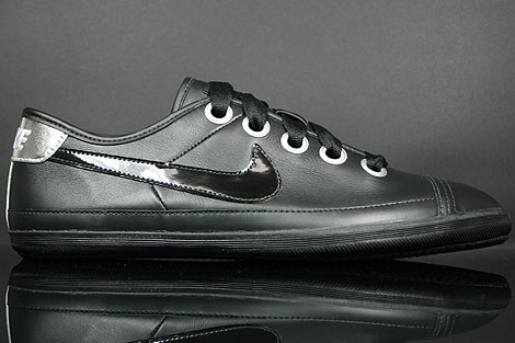 Nike WMNS Flash Macro Leather Black Silver Champagne