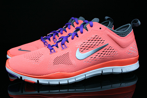 Nike WMNS Free 5.0 TR Fit 4 Bright Mango Wolf Grey Cool Grey Anthracite Profile