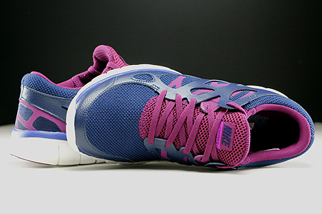77f1b48b95ff ... Nike WMNS Free Run 2 EXT Midnight Navy Deep Royal Blue Mulberry Purple  Over view ...