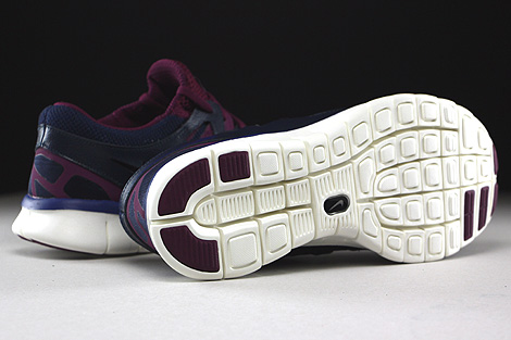 Nike WMNS Free Run 2 EXT Midnight Navy Deep Royal Blue Mulberry Purple Outsole