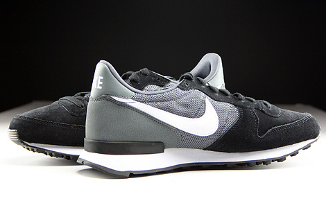 Nike WMNS Internationalist Black White Dark Grey Black Inside
