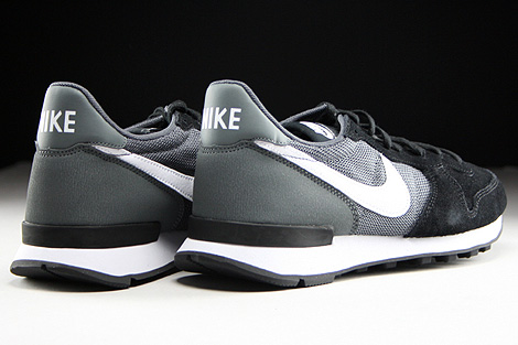 nike internationalist black grey