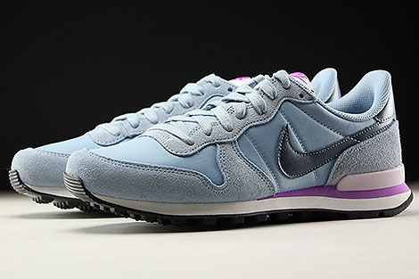 Nike WMNS Internationalist Blue Grey Squadron Blue Sidedetails